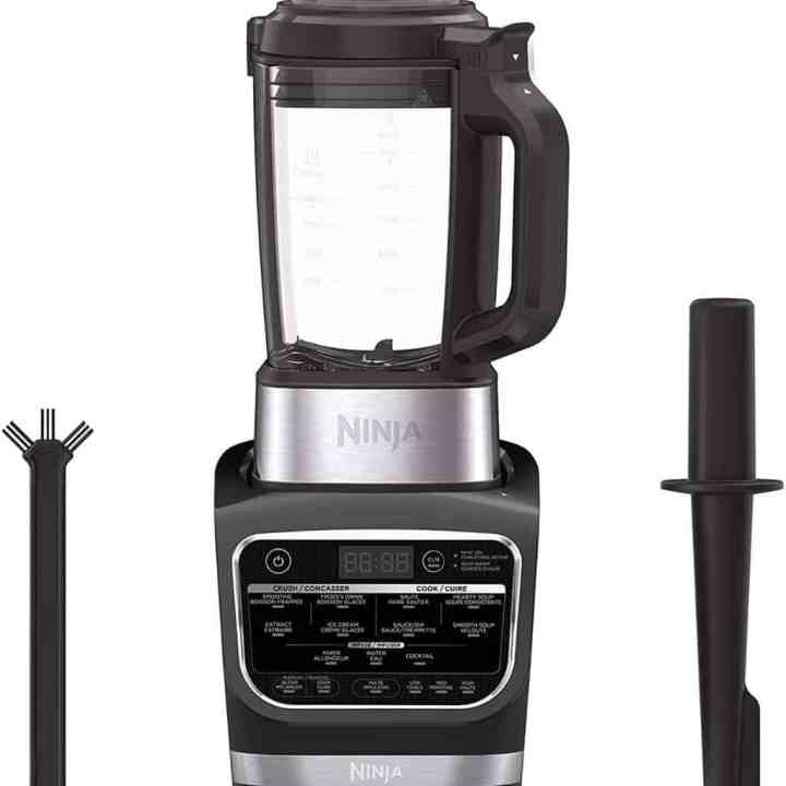 image of the ninja heated blender with accessories against a white background