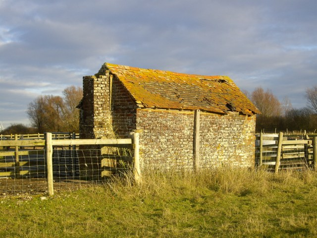 Derelict Lookers' Hut, Romney Marshes, Kent