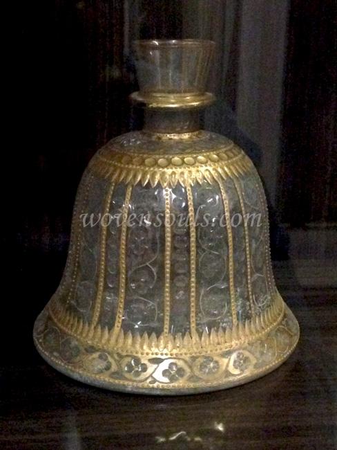 Wovensouls-Salar-Jung-Museum-MUGHAL-GLASS-s-8