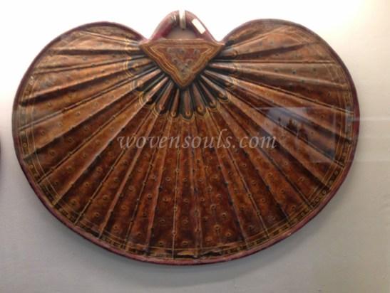 Wovensouls-Salar-Jung-Museum-wood-s-8