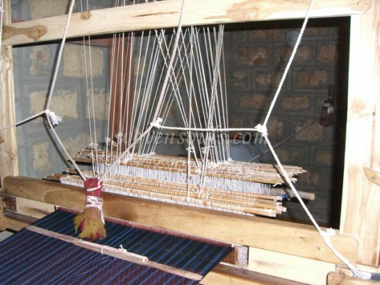 Wovensouls-hand-loom-photo-5