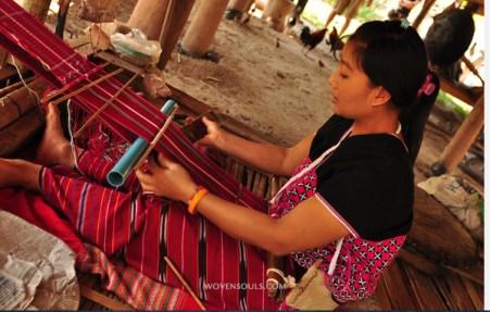 woman weaving loom backstrap1