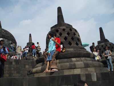 BOROBUDUR mandala budhhist temple