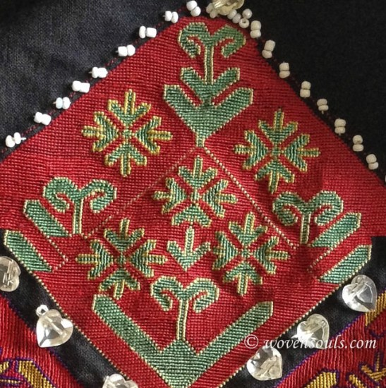 antique kohistan embroidery textile01