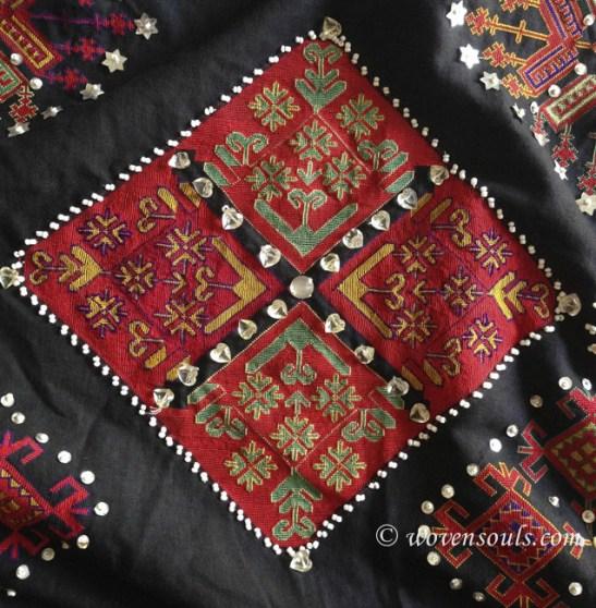 antique kohistan embroidery textile02