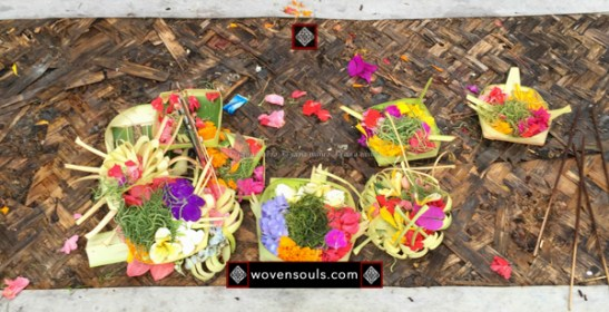 BALI LEAF ART & WORSHIP