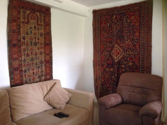 DECORATE-WITH-ANTIQUE-TEXTILES.jpg