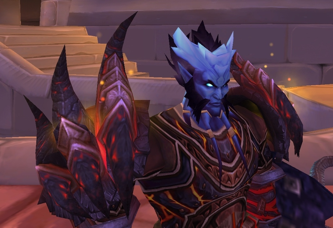 Colossal Dragonplate Shoulderguards - Item - World of Warcraft