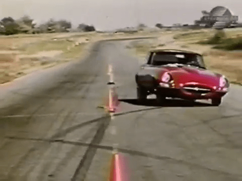 Pylon run - 1968 Jaguar XKE Road Test