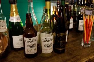 chiltern-valley-winery-brewery-tasting_wowingemoji