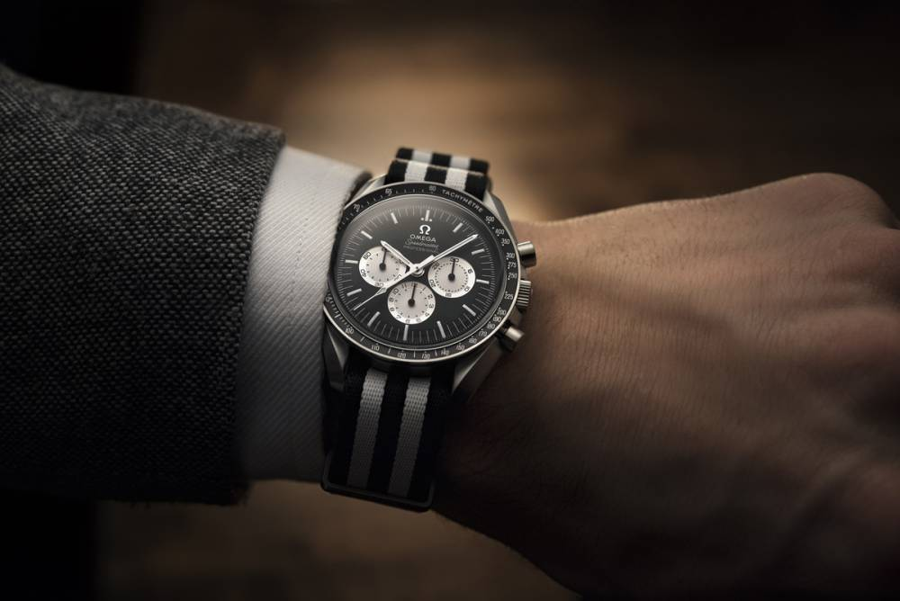 OMEGA超霸腕錶#SPEEDYTUESDAY創下最快時間完售記錄! - LaVie 設計改變世界