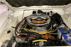 70 Plymouth Superbird Engine