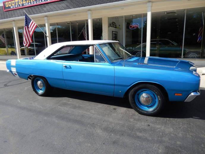 1969 Dodge Dart Swinger Blue