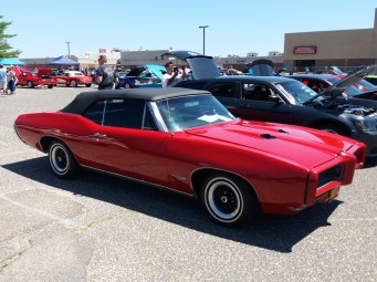 1968 Pontiac GTO Convertible - Right Side