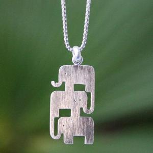 sterling silver elephan necklace UNICEF