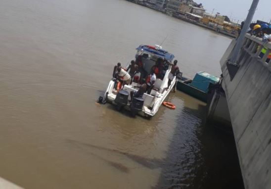 Police confirms identity of the man who sadly committed suicide at the Lekki-Ikoyi bridge yesterday