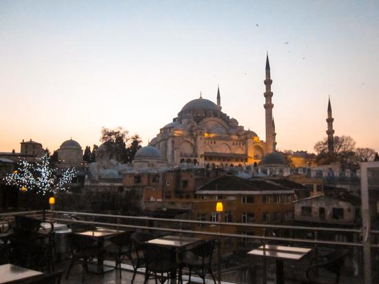 Istanbul vista dal Sefa-i Hürrem Cafe Restaurant a Sultanahmet
