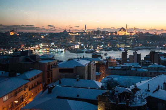 Istanbul sotto la neve