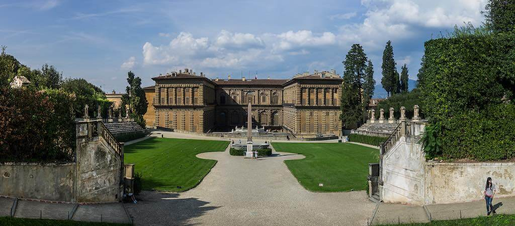 Palazzo Pitti, Florence - by Steve Harris - swh/Flickr