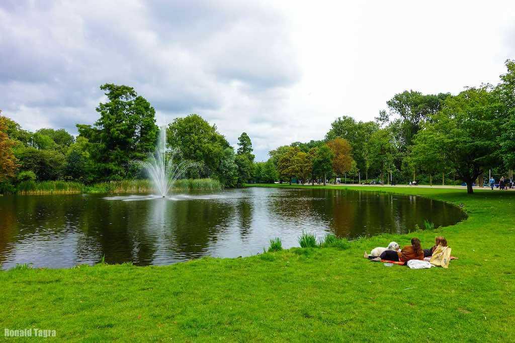 Vondelpark, Amsterdam - by Ronald Tagra - kamsky:Flickr
