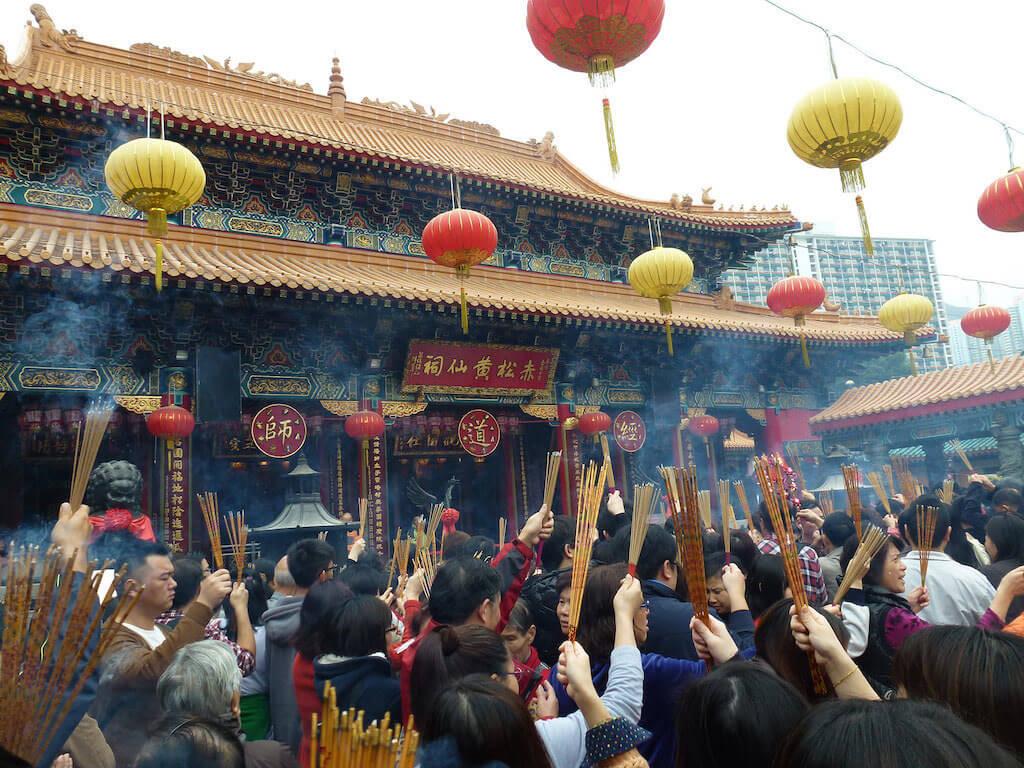 The Wong Tai Sin Temple, Hong Kong - by Pablo Trincado - pablo:T:Flickr