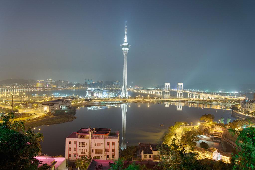 Macau Tower - by Tristan Schmurr - kewl:Flickr