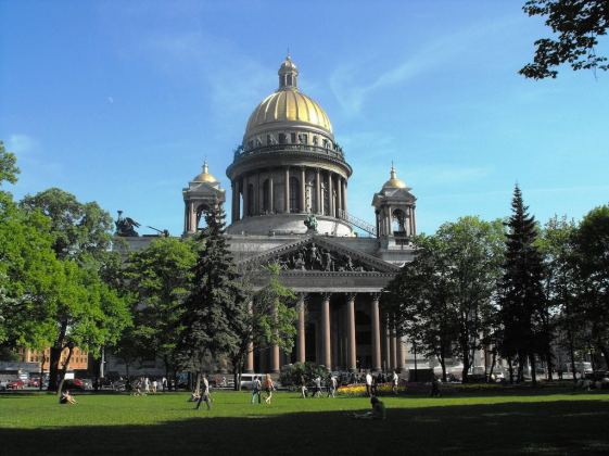 Saint Isaac's Cathedral, St. Petersburg - by Leon Yaakov - leonyaakov:Flickr