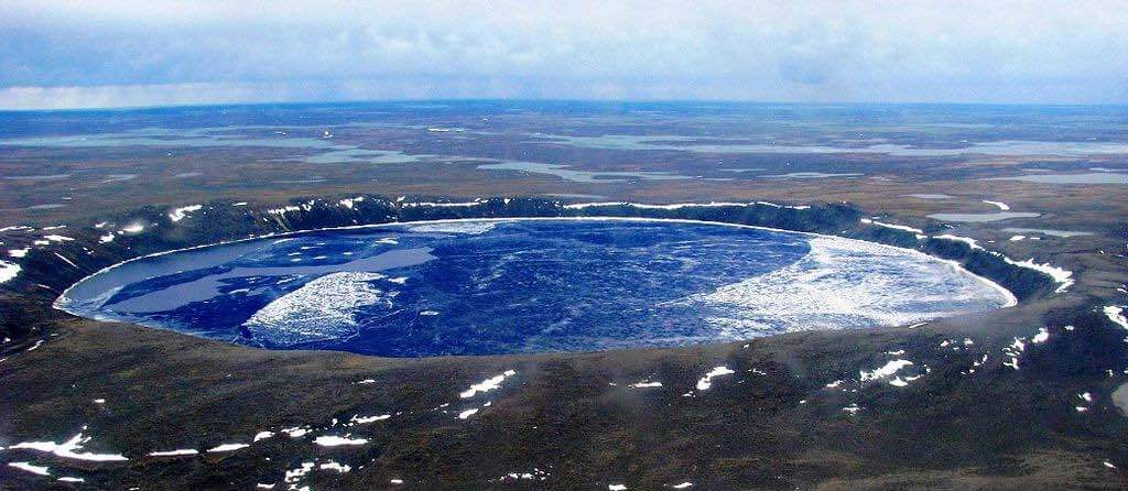 Pingualuit Crater, Canada - by Lkovac:Wikimedia
