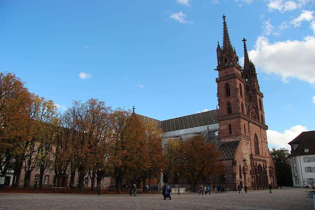 Basel Minster - by Bic :Wikimedia