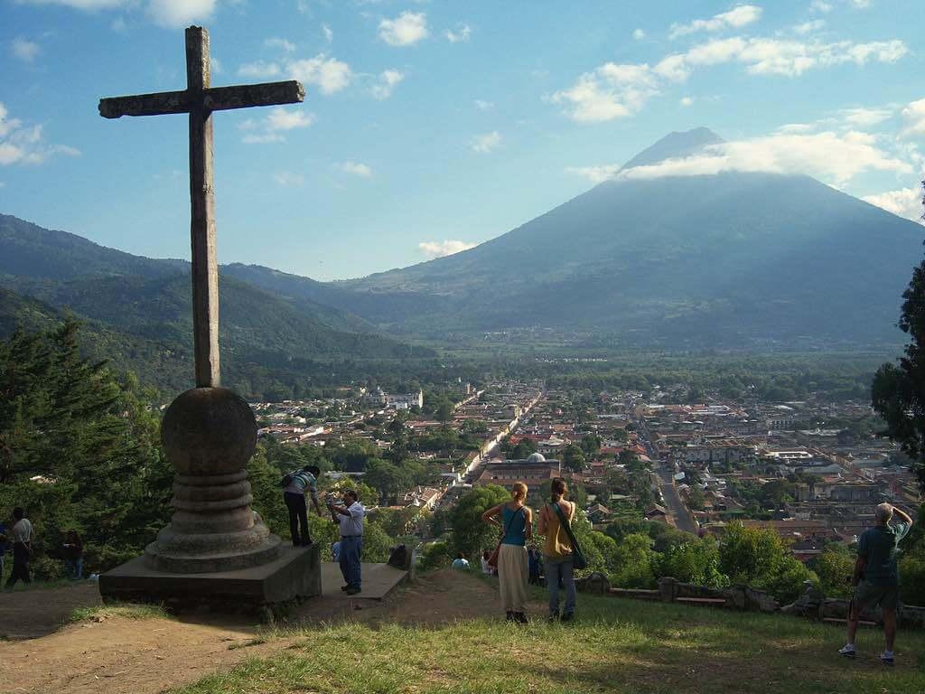 Cerro de la Cruz, Antigua - by Ray Metzen - Ixchel Spanish School:Flickr