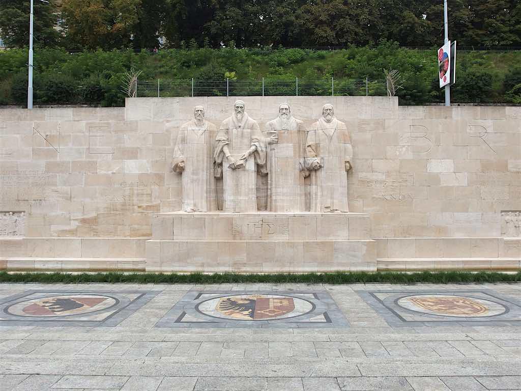 Reformation Wall, Geneva - by Guilhem Vellut :Flickr