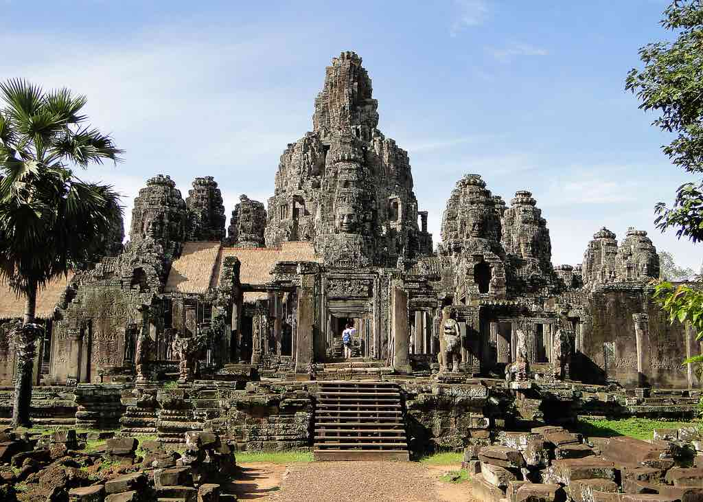 Bayon Temple, Cambodia - by fmpgoh:Flickr