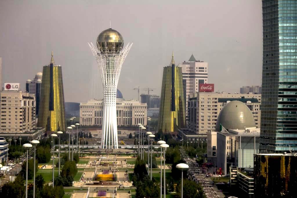 Bayterek Tower, Kazakhstan - by Ben Dalton - daltonwb:Flickr