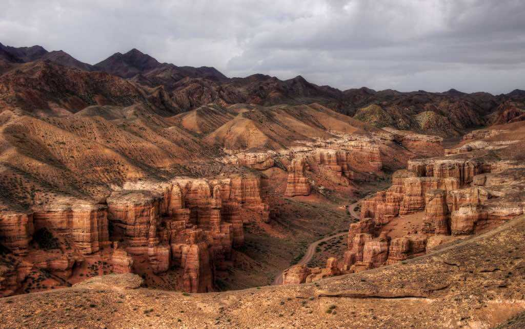 Charyn Canyon, Kazakhstan - by mariusz kluzniak:Flickr