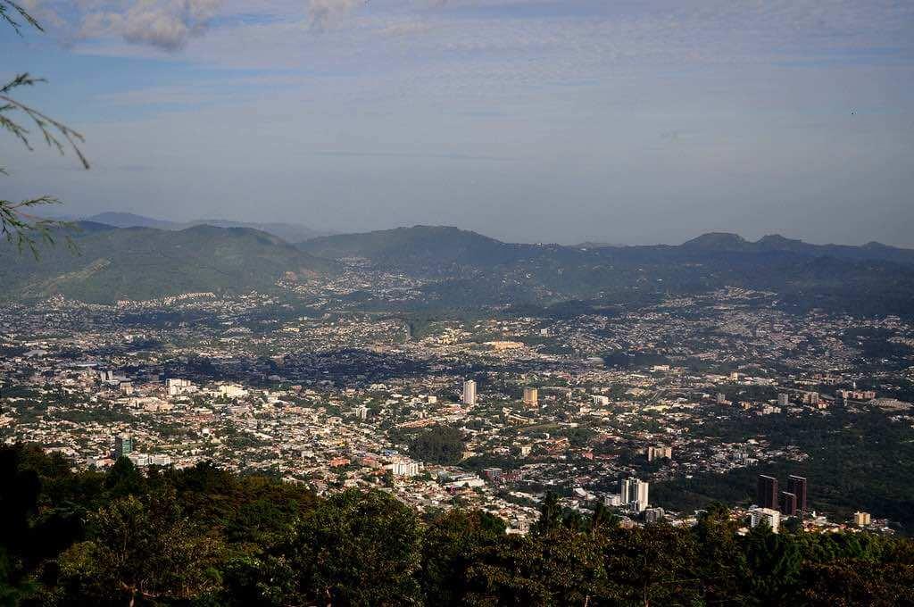 San Salvador, El Salvador - by Enrique - sirwoody:Flickr