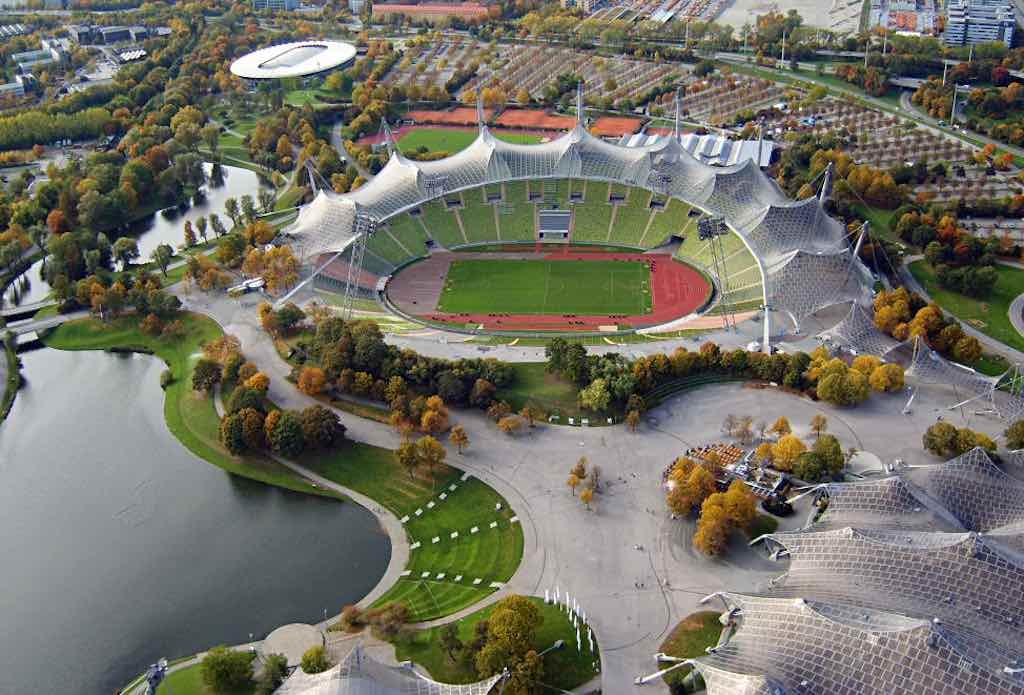 Olympiastadion Muenchen, Munich - by Arad Mojtahedi - Arad:Wikimedia