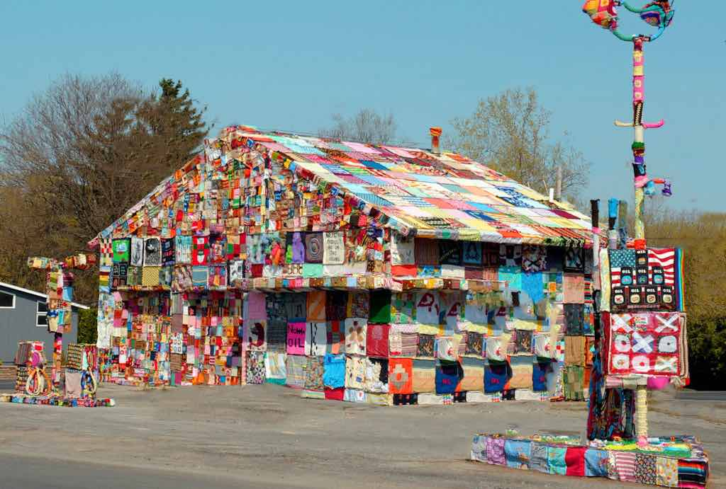 Crochet Gas Station, New York