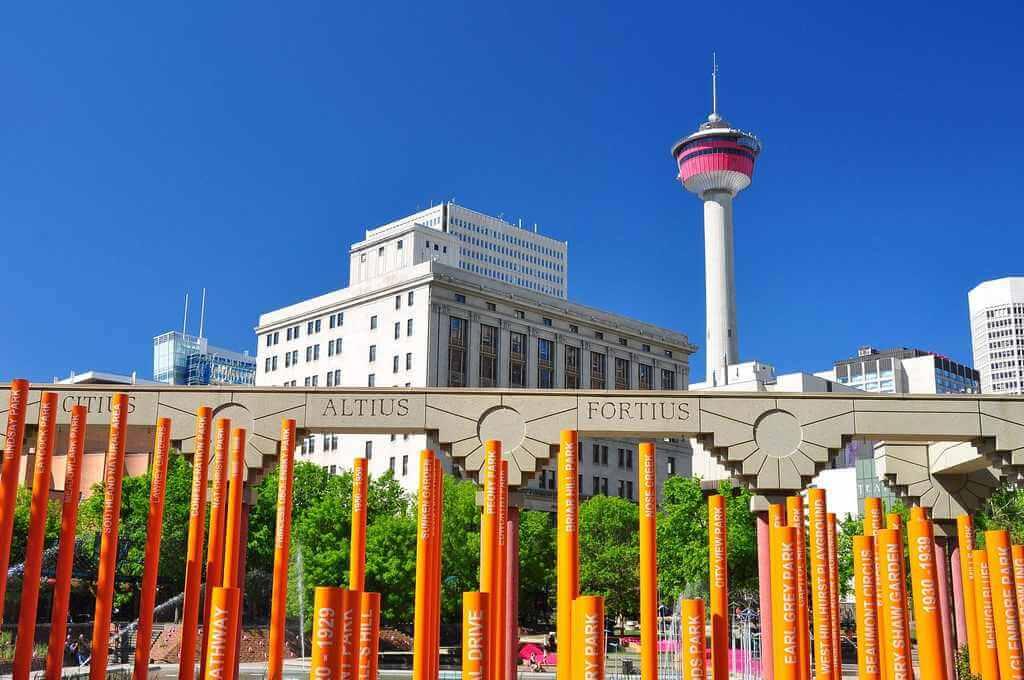 Calgary Tower, Calgary -by abdallahh/Flickr.com