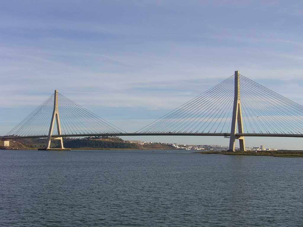 Guadiana International Bridge, (Spain-Portugal) -by Roger W Haworth/Wikimedia.org