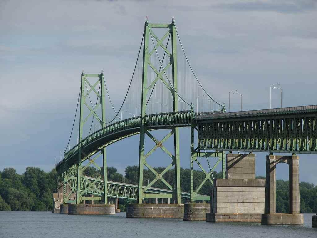 Ogdensburg-Prescott International Bridge (Canada-United States) -by Ullysses/Flickr.com