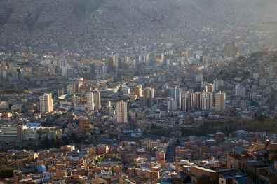 La Paz -by Szymon Kochans/Flickr.com