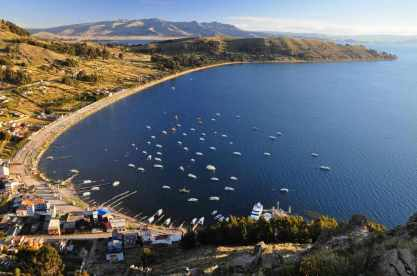 Lake Titicaca -by txominesku/Flickr.com