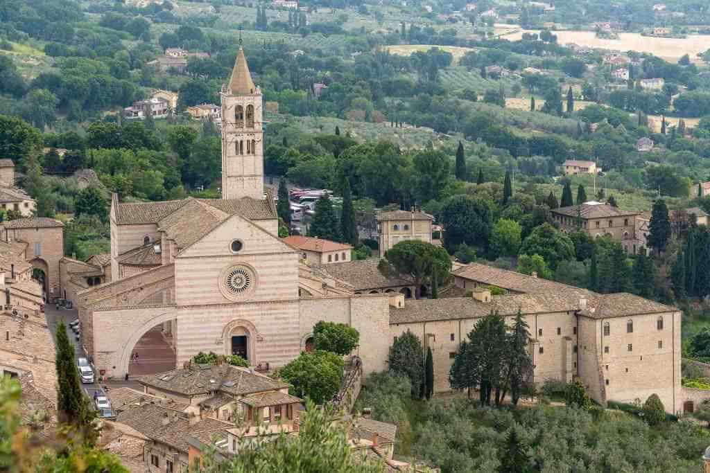 Santa Chiara -by alh1/Flickr.com