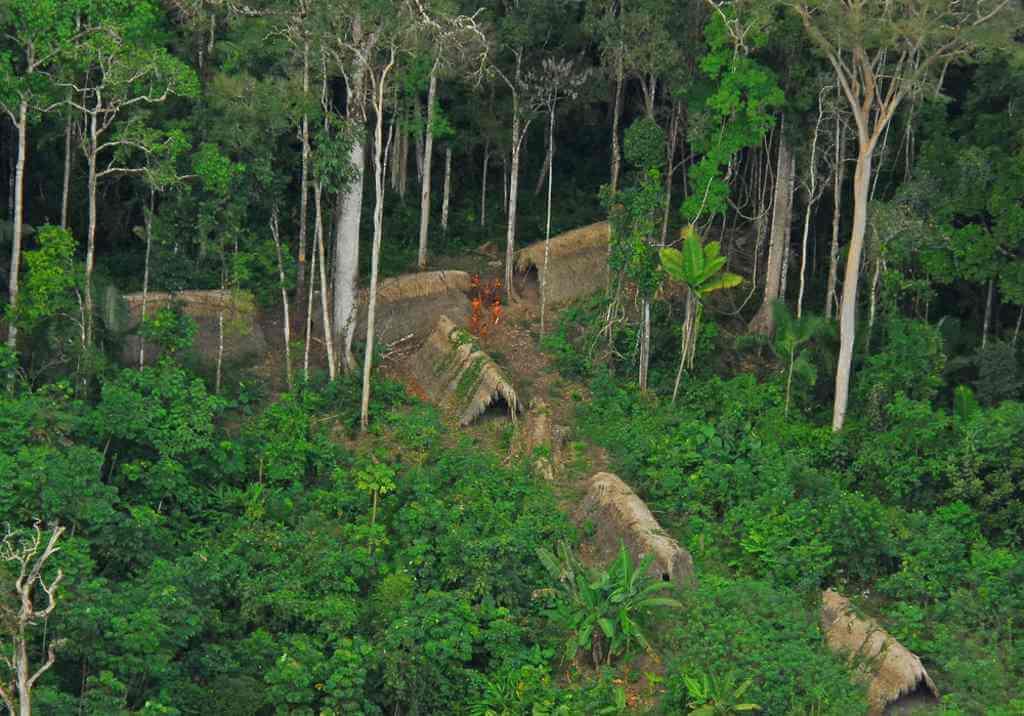 Terra Indigena Xinane Isolados, Acre Brazil -by Agencia de Noticias do Acre/Flickr.com