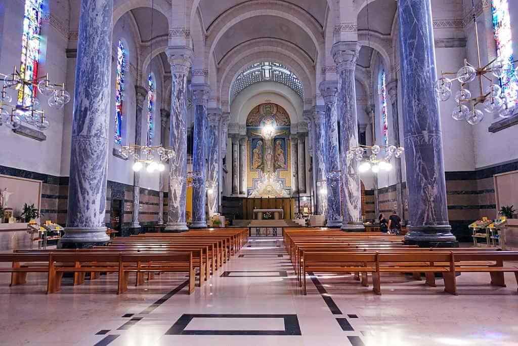Basilica de la Visitation -by Tiia Monto/Wikimedia.org