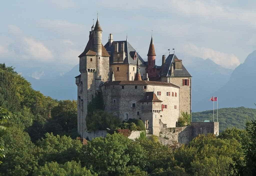 Château of Menthon-Saint Bernard -by Guilhem Vellut/Wikimedia.org