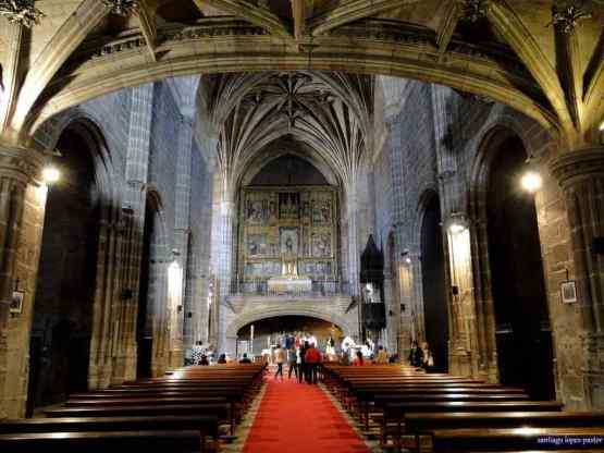 Monastery of Santo Tomas (Church) -by santiago lpez-pastor/Flickr.com