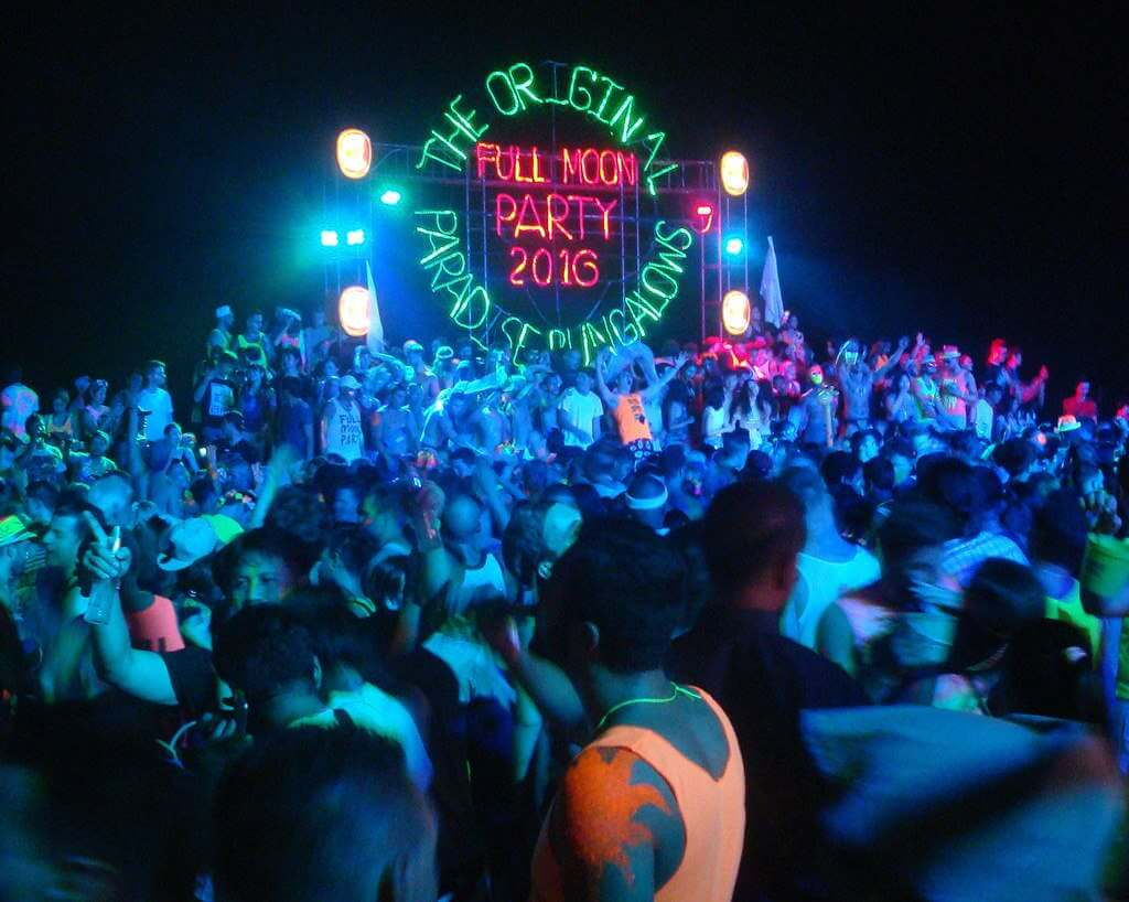 Full Moon Party 23rd February 2016, Koh Phangan -by Per Meistrup/Wikimedia CommonsMeistrup / Wikimedia Commons