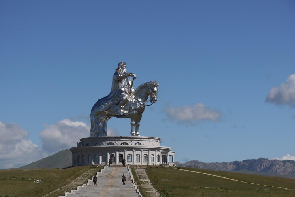 Genghis Khan Equestrian Statue -by WhatsAllThisThen/Flickr.com