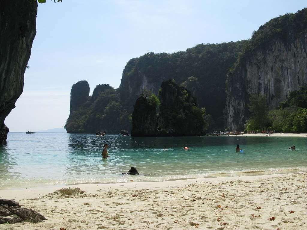 Koh Island, Krabi -by Caitriana Nicholson/Flickr.com